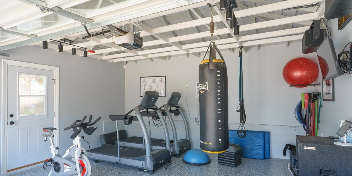 garageconversion.org Home Gym in Hawthorne