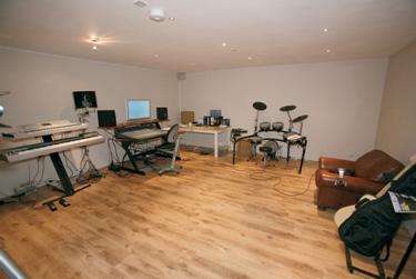 Convert Garage Into Studio